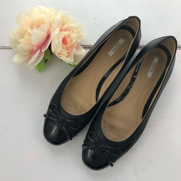 GEOX Respira Black Ballet flats leather smooth bow